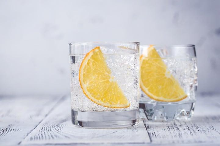 3 receitas de drinks fáceis e saborosos com gin
