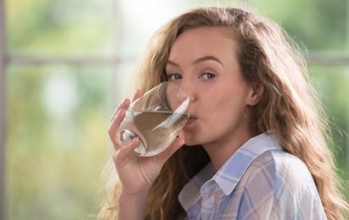 Confira todos os benefícios da água tônica