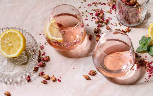 como fazer limonada rosa