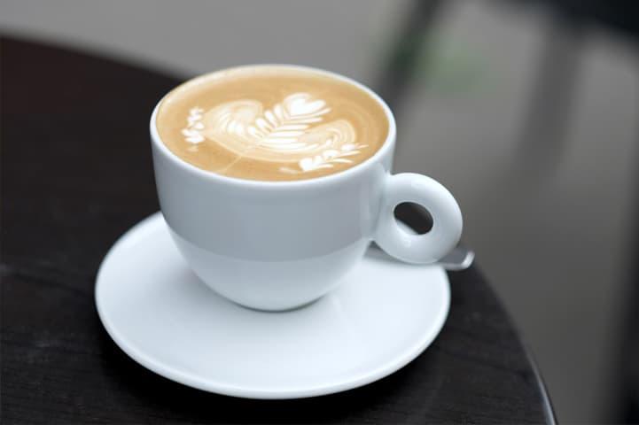 Como se faz cappuccino: veja dicas para usar com a sua B.blend!