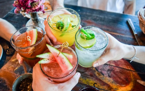 Veja como fazer deliciosas bebidas com frutas