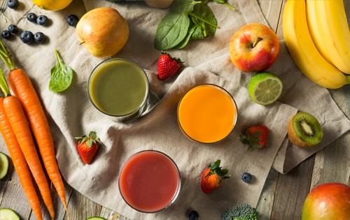 5 opções de bebidas saudáveis para o dia a dia