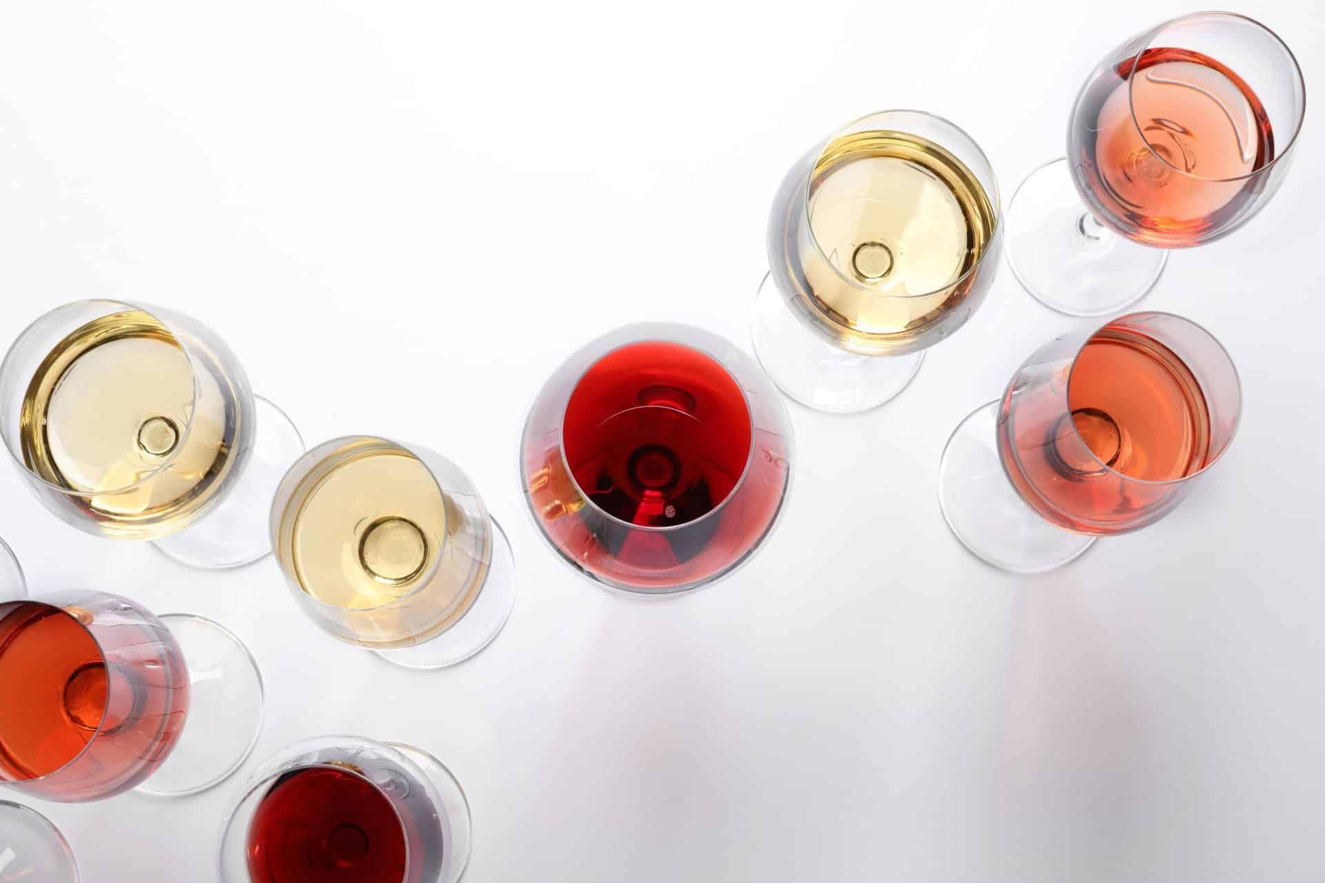 Conheça os tipos de taças ideais para cada bebida
