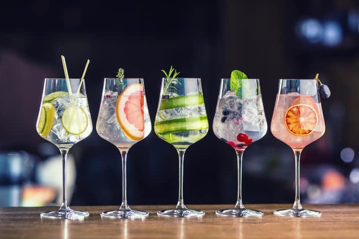 Conheça 5 drinks famosos para você experimentar em casa