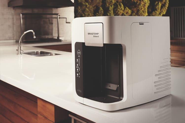 Máquina de fazer caipirinha: conheça as vantagens de ter uma em casa