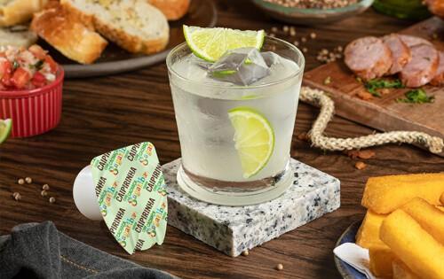Você conhece a origem da caipirinha, o drink brasileiro?