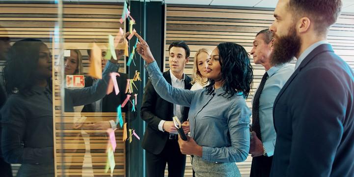como conduzir uma reunião de equipe