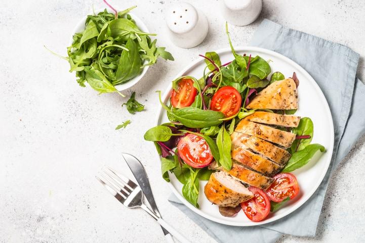 Almoço rápido e prático: 3 opções de receitas para criar refeições saborosas