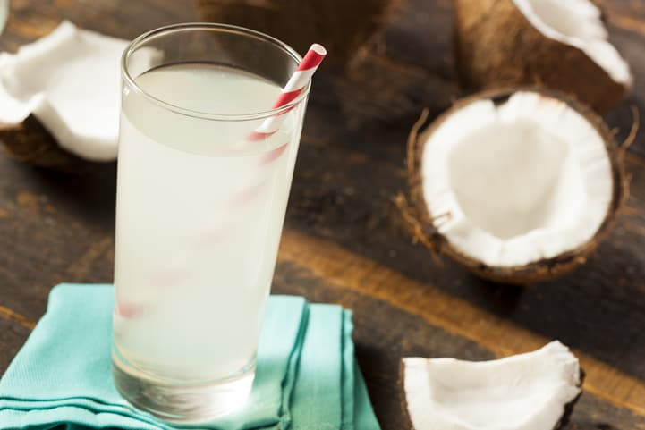 suco com água de coco