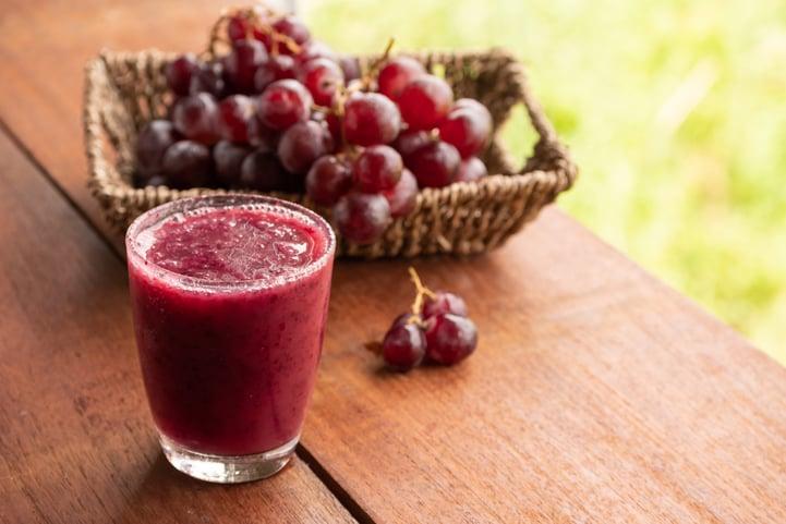 Saiba como fazer suco de uva delicioso na sua casa