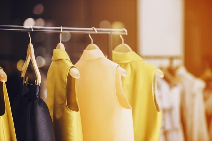 Decoração de loja de roupa para deixar seu espaço ainda melhor