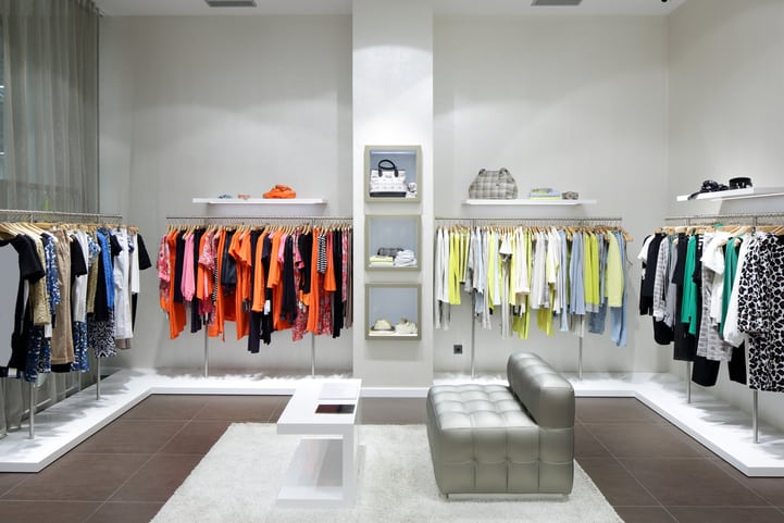ideias para decorar loja de roupas.
