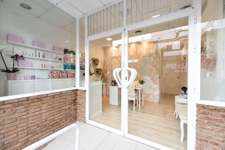 Recepção de clínica de estética: dicas para a decoração