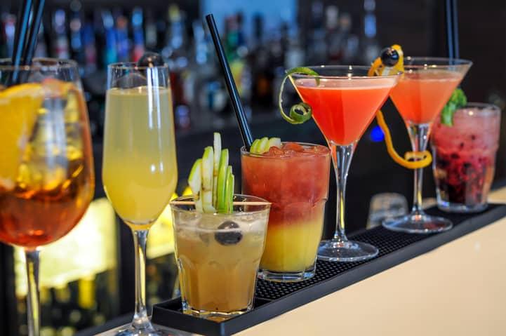 Veja quais são os principais tipos de copos para drinks