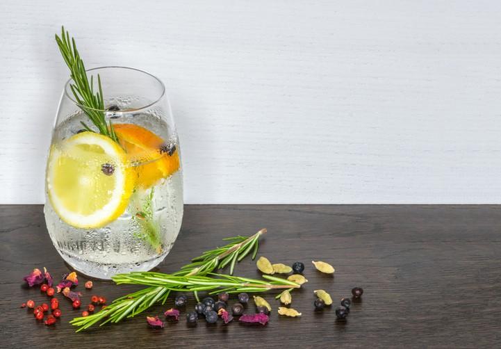 Gin tônica limão siciliano