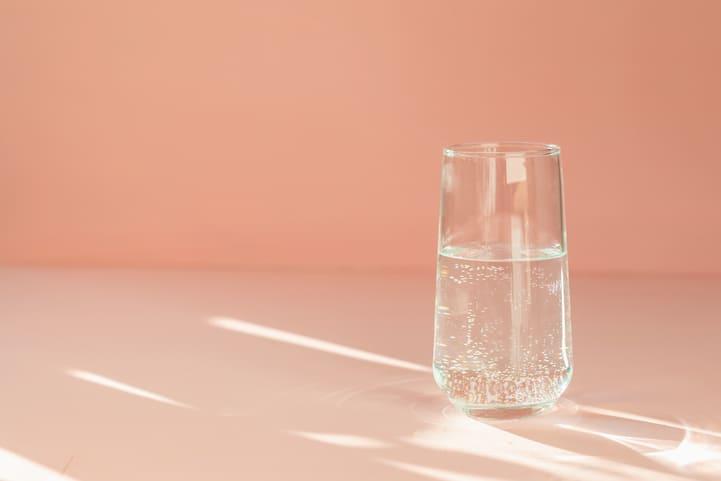 água com gás faz mal